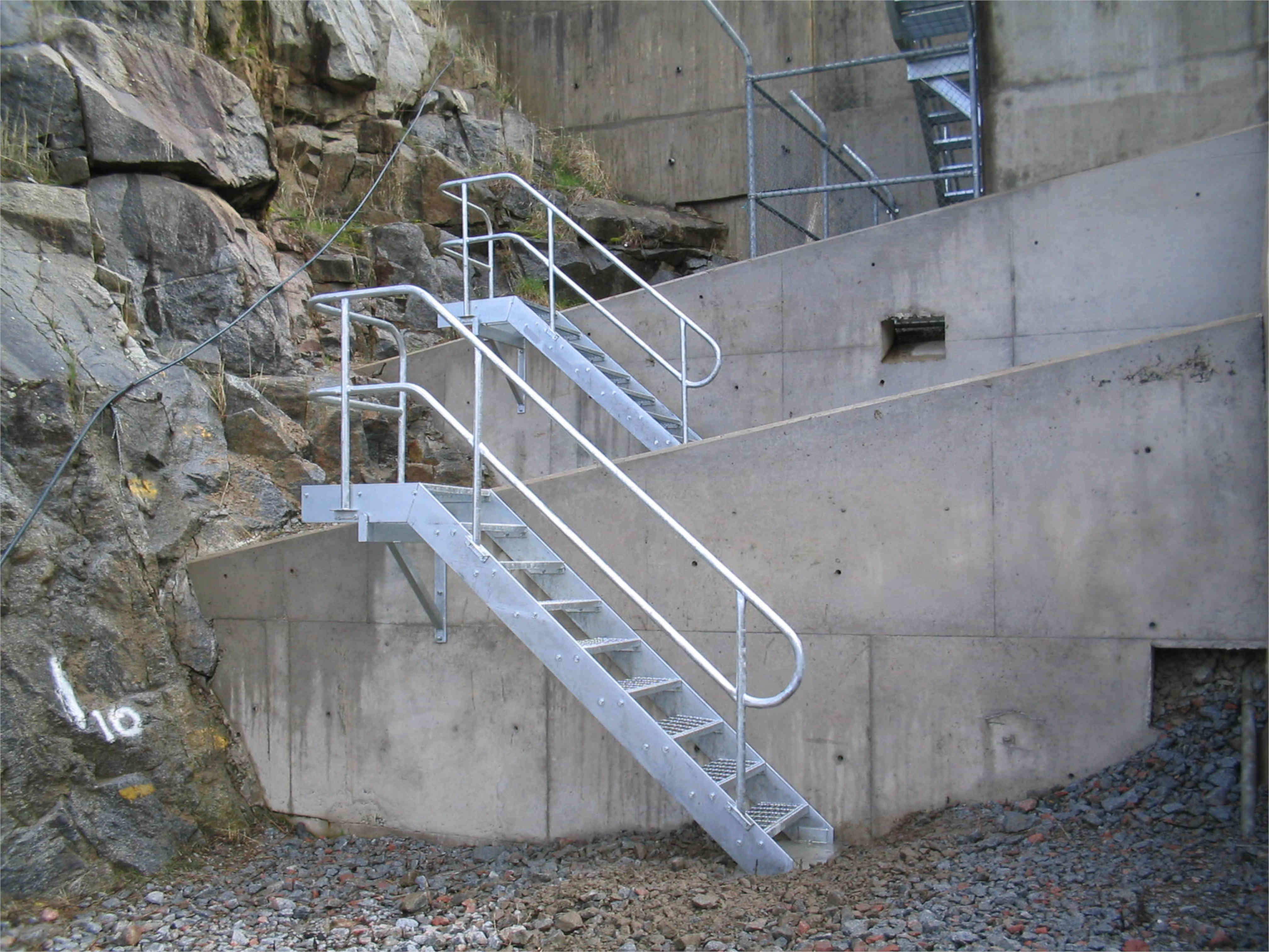 Snowy Hydro Stairs 2006 002